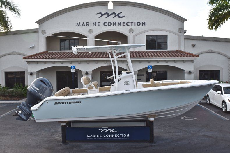 Photo for 2019 Sportsman Heritage 211 Center Console
