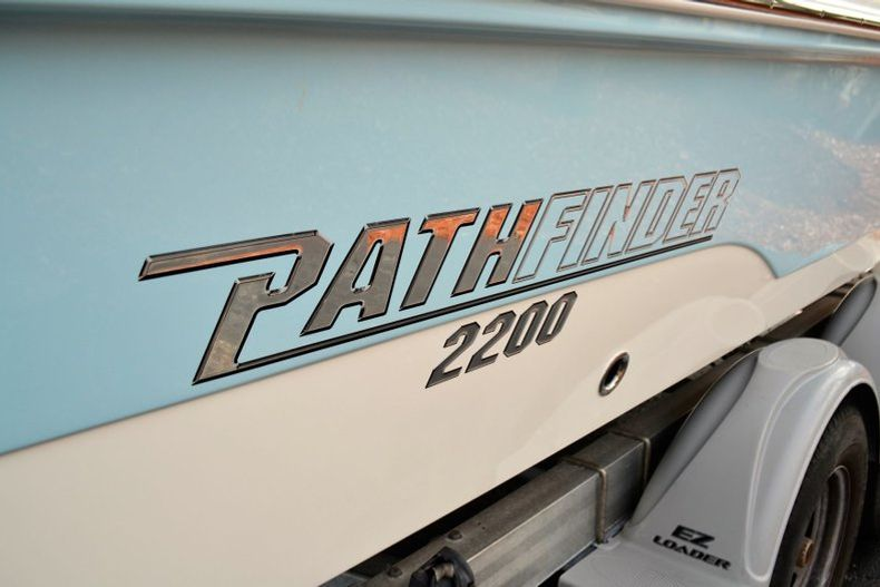 Thumbnail 6 for New 2019 Pathfinder 2200 TRS Bay Boat boat for sale in Vero Beach, FL