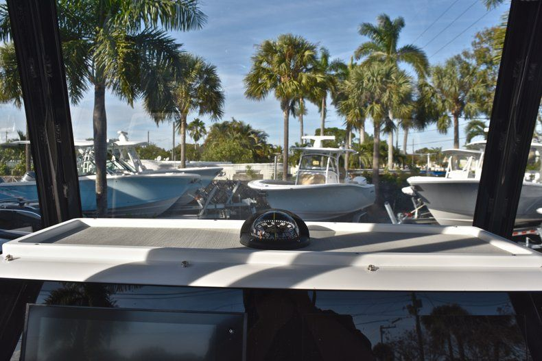 Thumbnail 41 for New 2019 Sportsman Masters 267 Bay Boat boat for sale in Vero Beach, FL