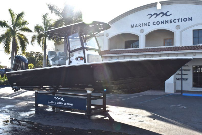 Thumbnail 1 for New 2019 Sportsman Masters 267 Bay Boat boat for sale in Vero Beach, FL