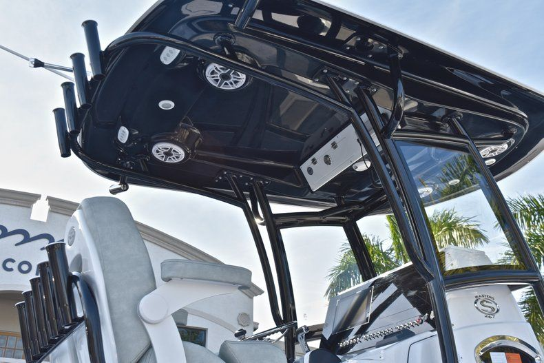 Thumbnail 33 for New 2019 Sportsman Masters 267 Bay Boat boat for sale in Vero Beach, FL