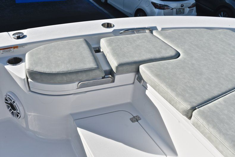 Thumbnail 57 for New 2019 Sportsman Masters 267 Bay Boat boat for sale in Vero Beach, FL