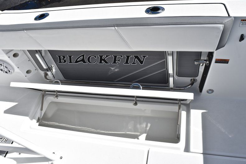 Thumbnail 26 for New 2019 Blackfin 242CC Center Console boat for sale in Fort Lauderdale, FL