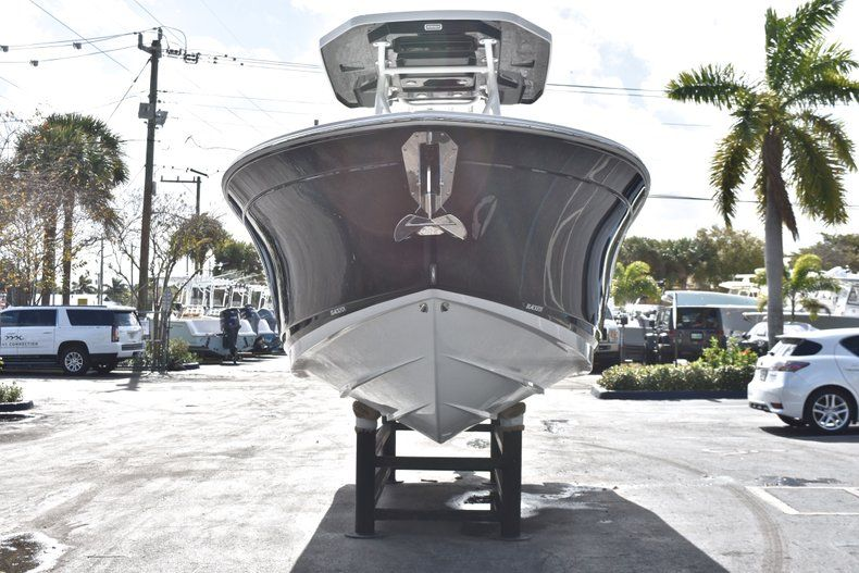 Thumbnail 2 for New 2019 Blackfin 242CC Center Console boat for sale in Fort Lauderdale, FL