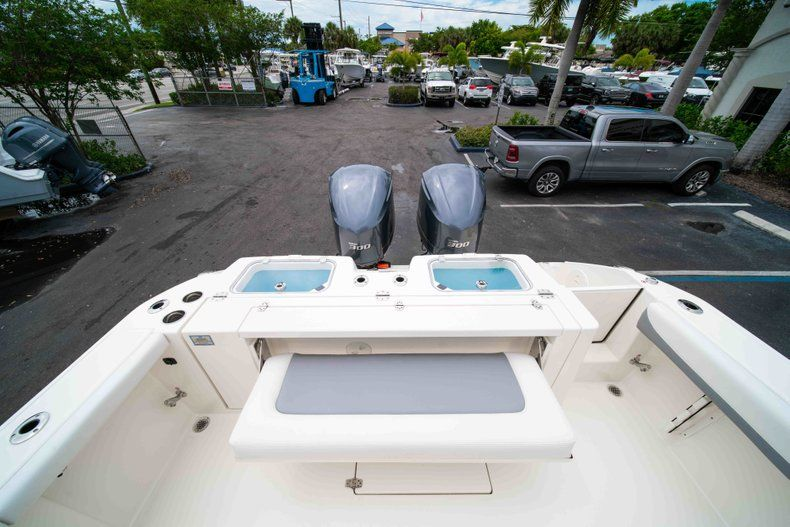 Thumbnail 13 for New 2019 Cobia 320 Center Console boat for sale in Vero Beach, FL