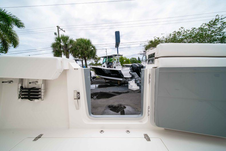 Thumbnail 23 for New 2019 Cobia 320 Center Console boat for sale in Vero Beach, FL