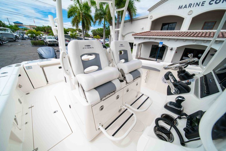 Thumbnail 40 for New 2019 Cobia 320 Center Console boat for sale in Vero Beach, FL