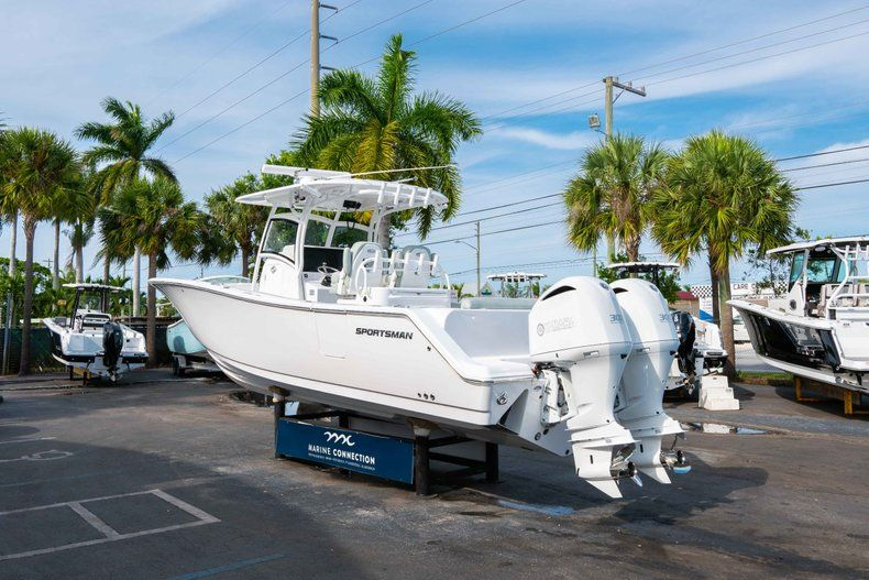 Thumbnail 5 for New 2019 Sportsman Open 312 Center Console boat for sale in Miami, FL