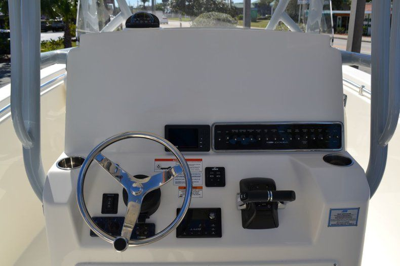 Image 11 for 2019 Cobia 277 Center Console in West Palm Beach, FL