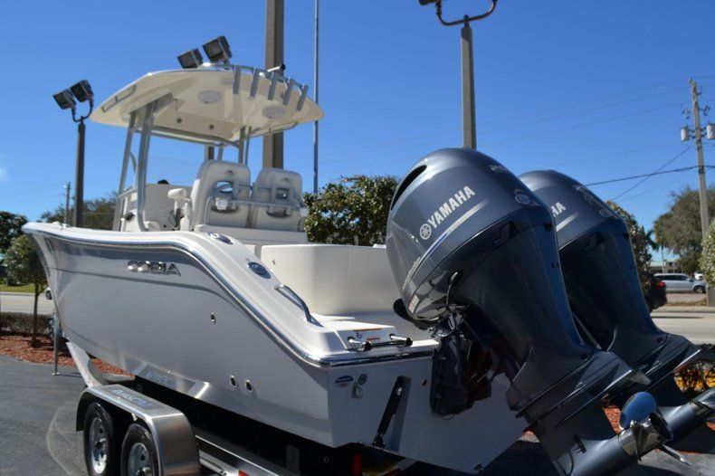 Image 3 for 2019 Cobia 277 Center Console in West Palm Beach, FL