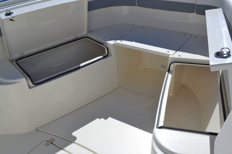 Image 19 for 2019 Cobia 277 Center Console in West Palm Beach, FL
