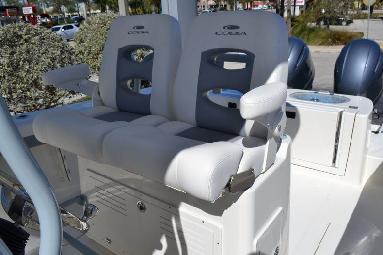 Image 15 for 2019 Cobia 277 Center Console in West Palm Beach, FL