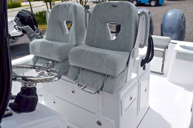 Thumbnail 35 for New 2019 Sportsman Open 282 TE Center Console boat for sale in Vero Beach, FL
