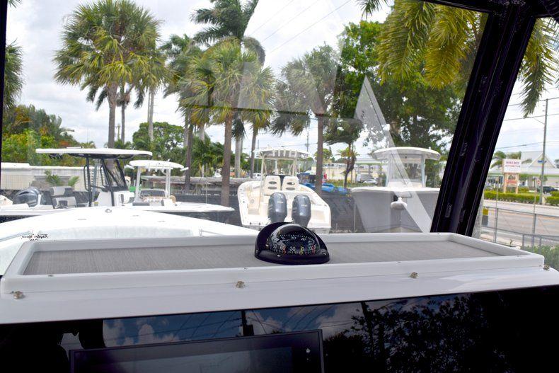Thumbnail 43 for New 2019 Sportsman Open 282 TE Center Console boat for sale in Vero Beach, FL
