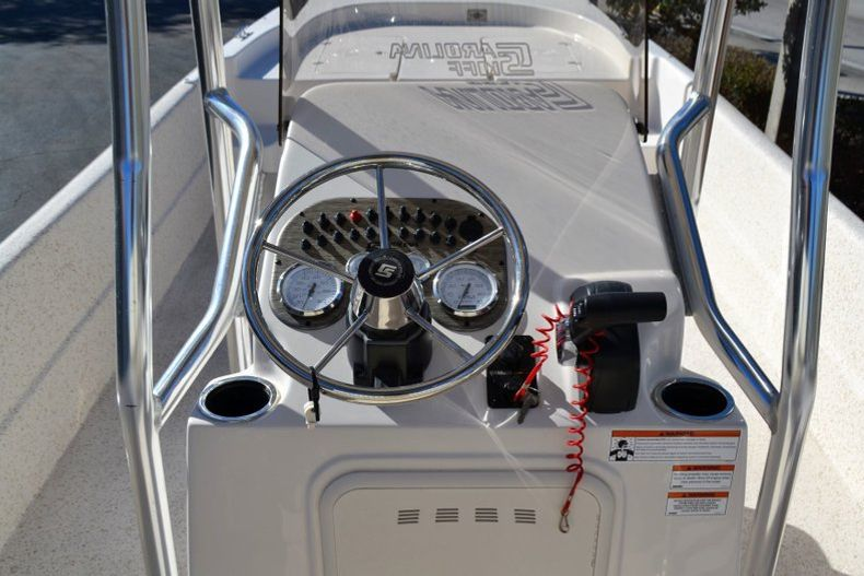 Thumbnail 11 for New 2019 Carolina Skiff 2480 DLX boat for sale in Vero Beach, FL