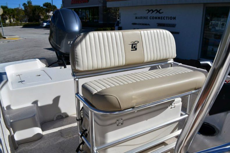 Thumbnail 16 for New 2019 Carolina Skiff 2480 DLX boat for sale in Vero Beach, FL
