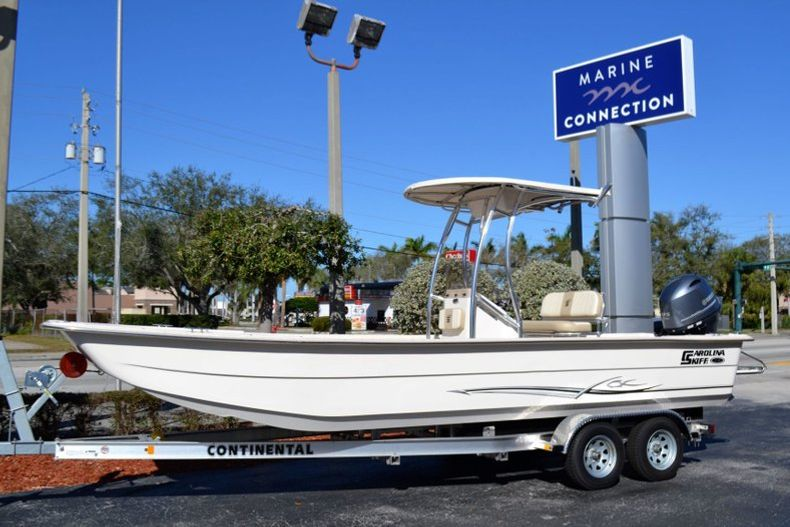 New 2019 Carolina Skiff 2480 DLX boat for sale in Vero Beach, FL
