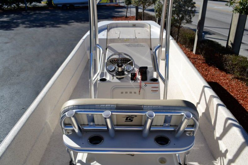 Thumbnail 9 for New 2019 Carolina Skiff 2480 DLX boat for sale in Vero Beach, FL