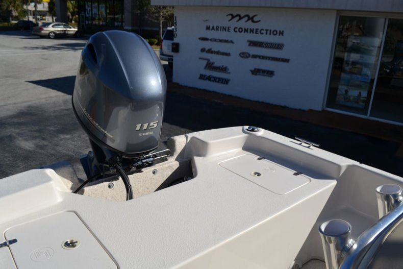 Thumbnail 18 for New 2019 Carolina Skiff 2480 DLX boat for sale in Vero Beach, FL