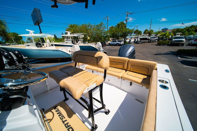 Thumbnail 32 for New 2019 Sportsman Heritage 231 Center Console boat for sale in West Palm Beach, FL