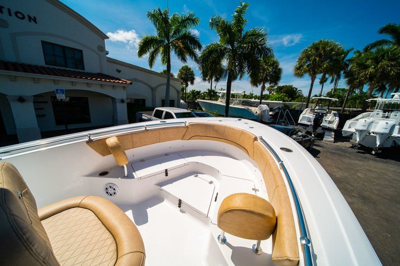 Thumbnail 34 for New 2019 Sportsman Heritage 231 Center Console boat for sale in West Palm Beach, FL
