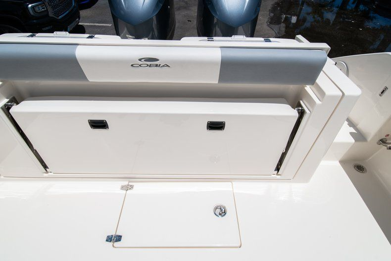 Thumbnail 10 for New 2019 Cobia 320 Center Console boat for sale in West Palm Beach, FL