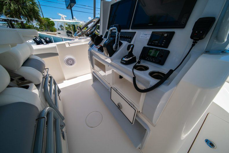 Thumbnail 28 for New 2019 Cobia 320 Center Console boat for sale in West Palm Beach, FL