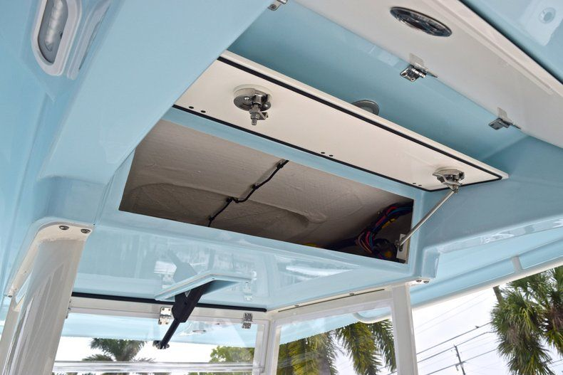 Thumbnail 42 for New 2019 Cobia 301 CC Center Console boat for sale in Miami, FL