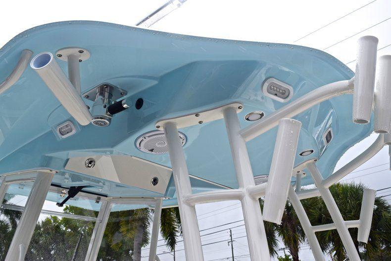 Thumbnail 37 for New 2019 Cobia 301 CC Center Console boat for sale in Miami, FL