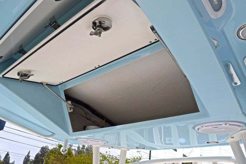 Thumbnail 41 for New 2019 Cobia 301 CC Center Console boat for sale in Miami, FL