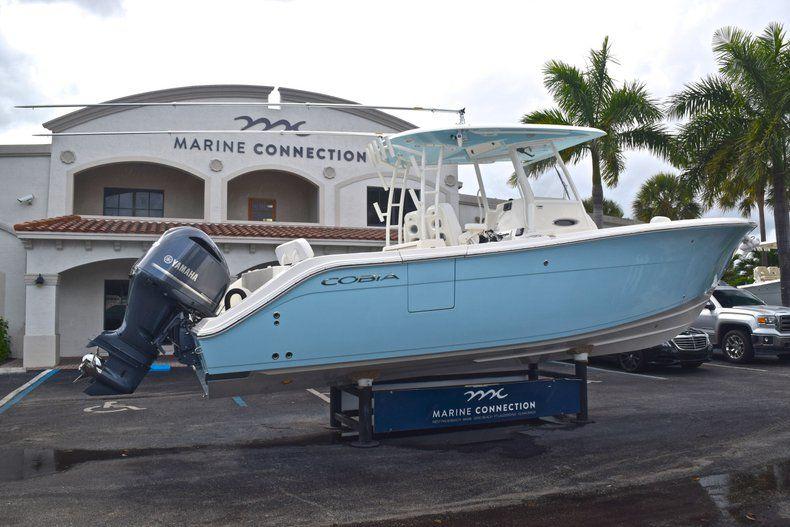 Thumbnail 8 for New 2019 Cobia 301 CC Center Console boat for sale in Miami, FL