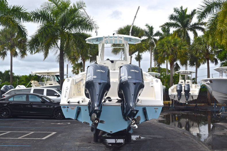 Thumbnail 7 for New 2019 Cobia 301 CC Center Console boat for sale in Miami, FL