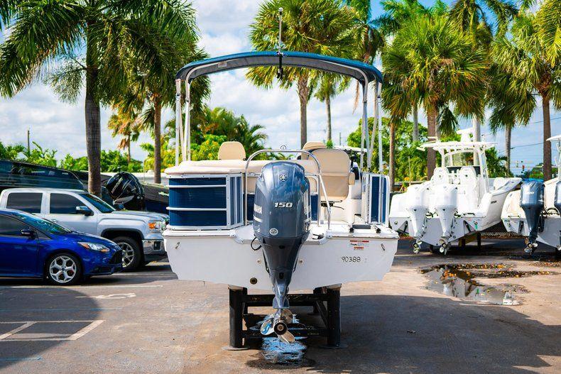 Thumbnail 6 for New 2019 Hurricane FD 226F OB boat for sale in Vero Beach, FL