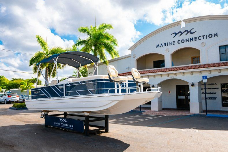 Thumbnail 1 for New 2019 Hurricane FD 226F OB boat for sale in Vero Beach, FL