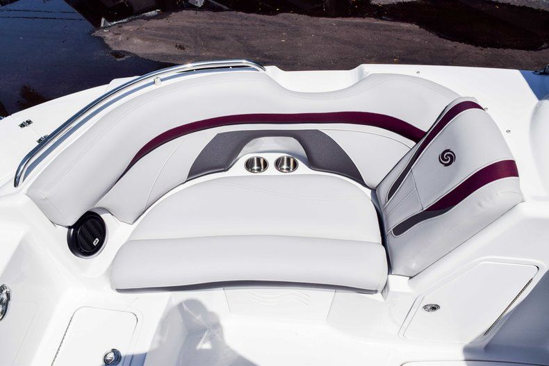 Thumbnail 30 for New 2019 Hurricane 2000 boat for sale in West Palm Beach, FL
