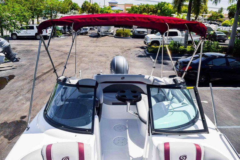 Thumbnail 41 for New 2019 Hurricane SunDeck SD 2000 OB boat for sale in West Palm Beach, FL