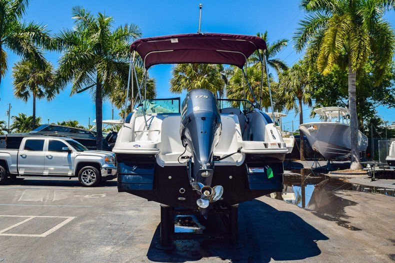 Thumbnail 7 for New 2019 Hurricane 2000 boat for sale in West Palm Beach, FL