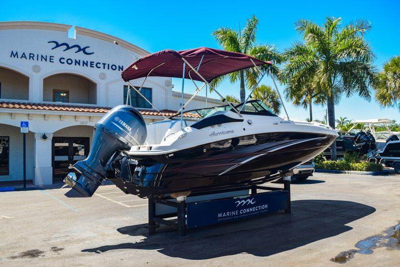 Thumbnail 6 for New 2019 Hurricane 2000 boat for sale in West Palm Beach, FL
