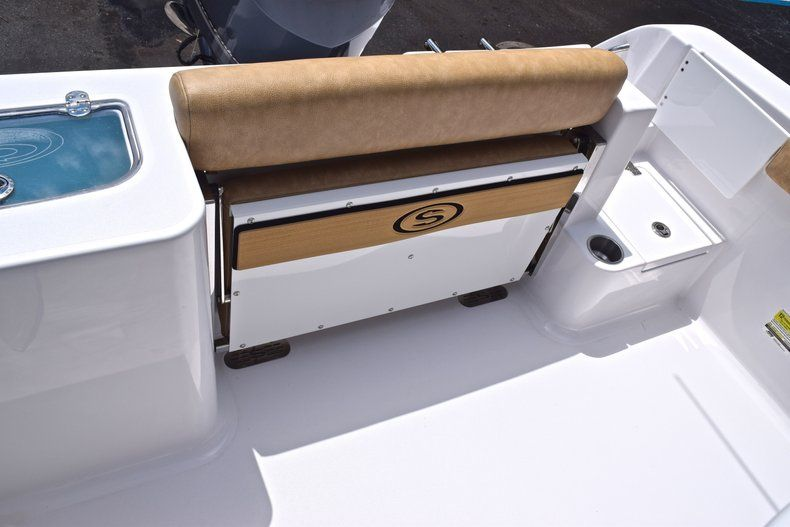 Thumbnail 16 for New 2019 Sportsman Open 242 Center Console boat for sale in West Palm Beach, FL