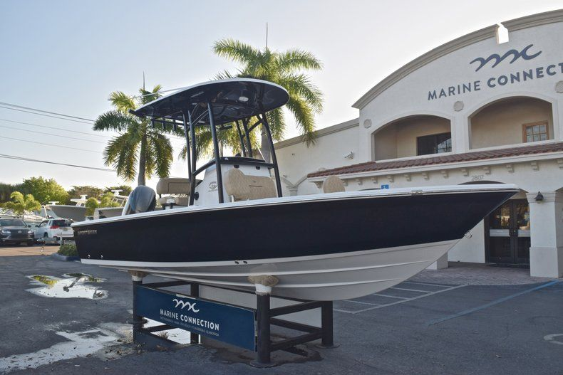Thumbnail 1 for New 2019 Sportsman Masters 227 Bay Boat boat for sale in Miami, FL