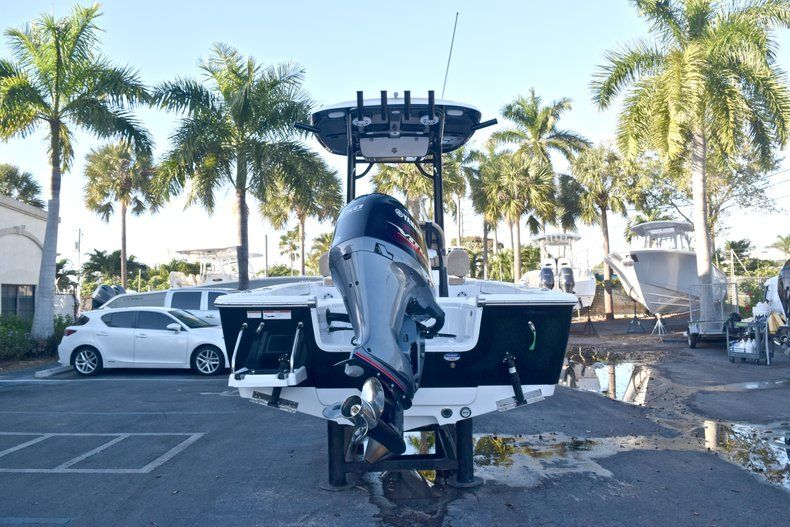 Thumbnail 6 for New 2019 Sportsman Masters 227 Bay Boat boat for sale in Miami, FL