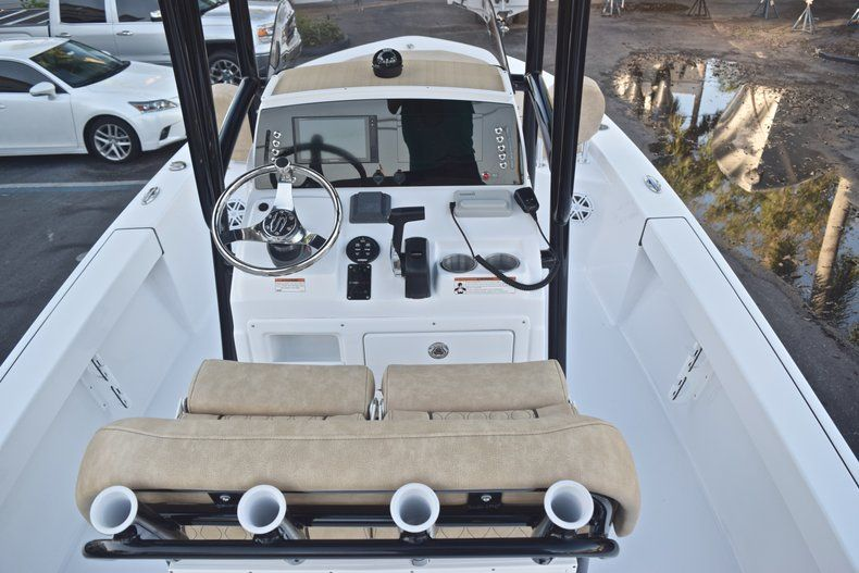 Thumbnail 12 for New 2019 Sportsman Masters 227 Bay Boat boat for sale in Miami, FL