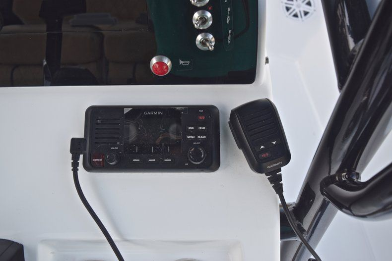 Thumbnail 30 for New 2019 Sportsman Masters 227 Bay Boat boat for sale in Miami, FL