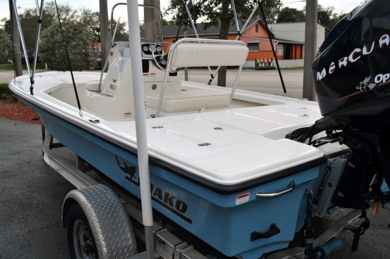 Thumbnail 4 for Used 2014 Mako 18 LTS boat for sale in Vero Beach, FL