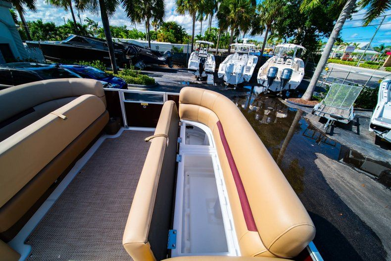 Image 18 for 2019 Hurricane FunDeck FD 236SB in West Palm Beach, FL