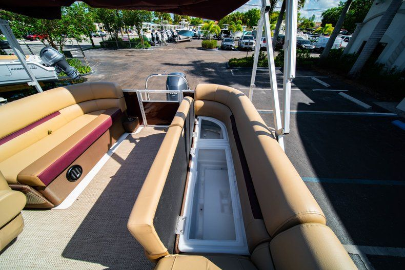 Image 10 for 2019 Hurricane FunDeck FD 236SB in West Palm Beach, FL