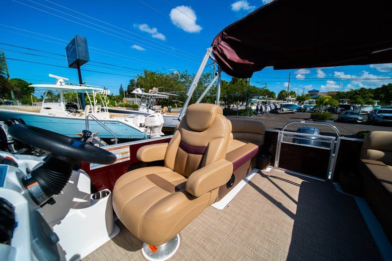 Image 13 for 2019 Hurricane FunDeck FD 236SB in West Palm Beach, FL