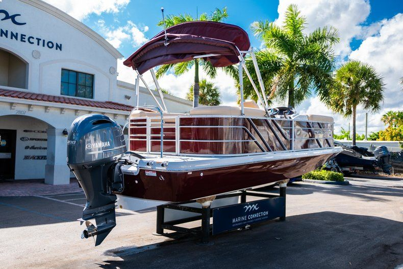 Image 7 for 2019 Hurricane FunDeck FD 236SB in West Palm Beach, FL