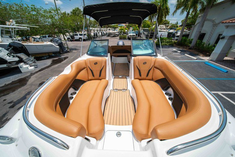 Thumbnail 33 for New 2019 Hurricane SunDeck SD 2200 OB boat for sale in West Palm Beach, FL