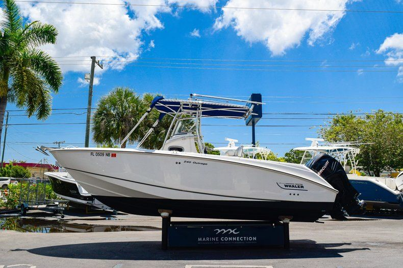 Thumbnail 3 for Used 2006 Boston Whaler 240 Outrage boat for sale in West Palm Beach, FL